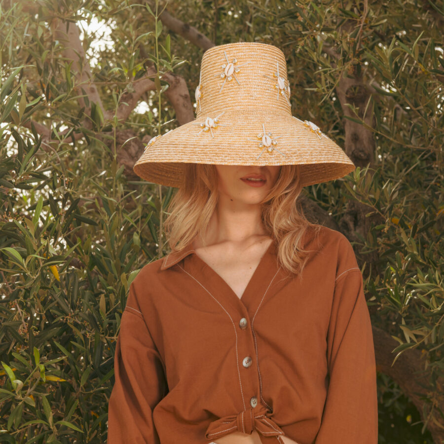 CAROL STARSHELLS NATURAL HAT